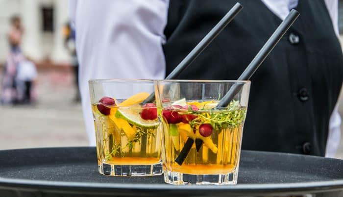 Book en bartender til din grillfest